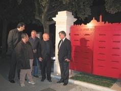 Foto del Sindaco Giorgio Petrelli all'inaugurazione del Portale delle Lettere