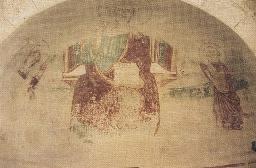 Foto chiesa dell'ospedale con frammento di affresco nell'abside